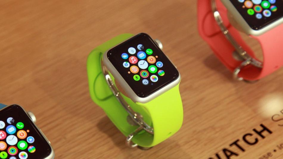Apple Watch vjen në verën e 2015