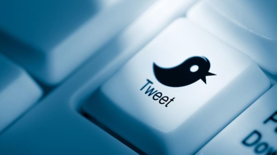 Hakohen llogaritë në Twitter të UPI-së dhe New York Post