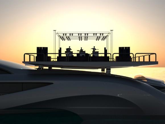 xhibitionist-yacht_3-580x435